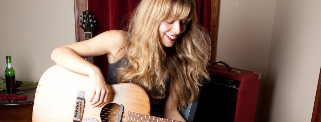 Sunday Concert Series – Danielle Miraglia