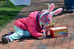 Easter Egg Hunt 03_16 - 020