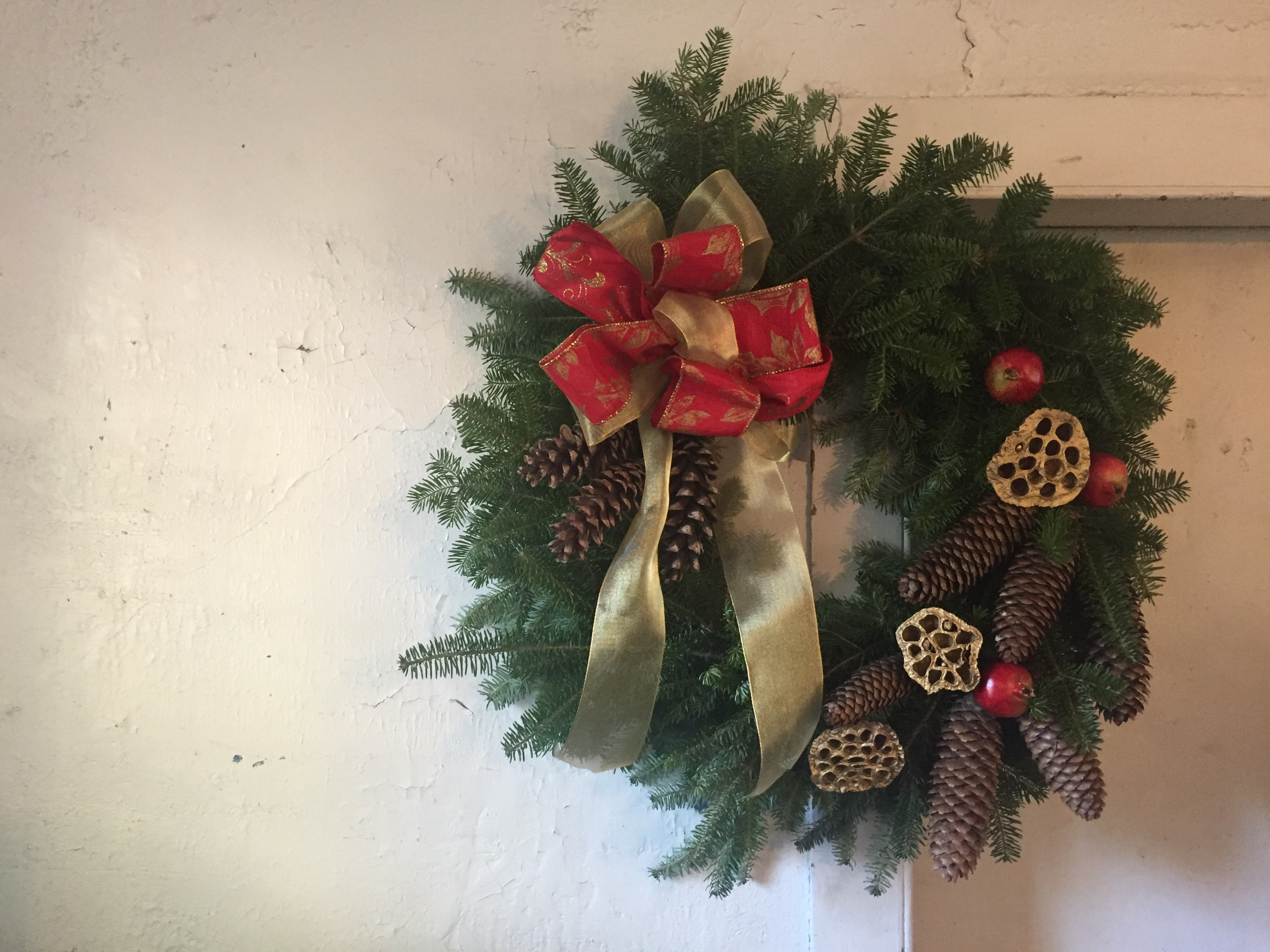 Loring Greenough House Wreath Fundraiser 2018