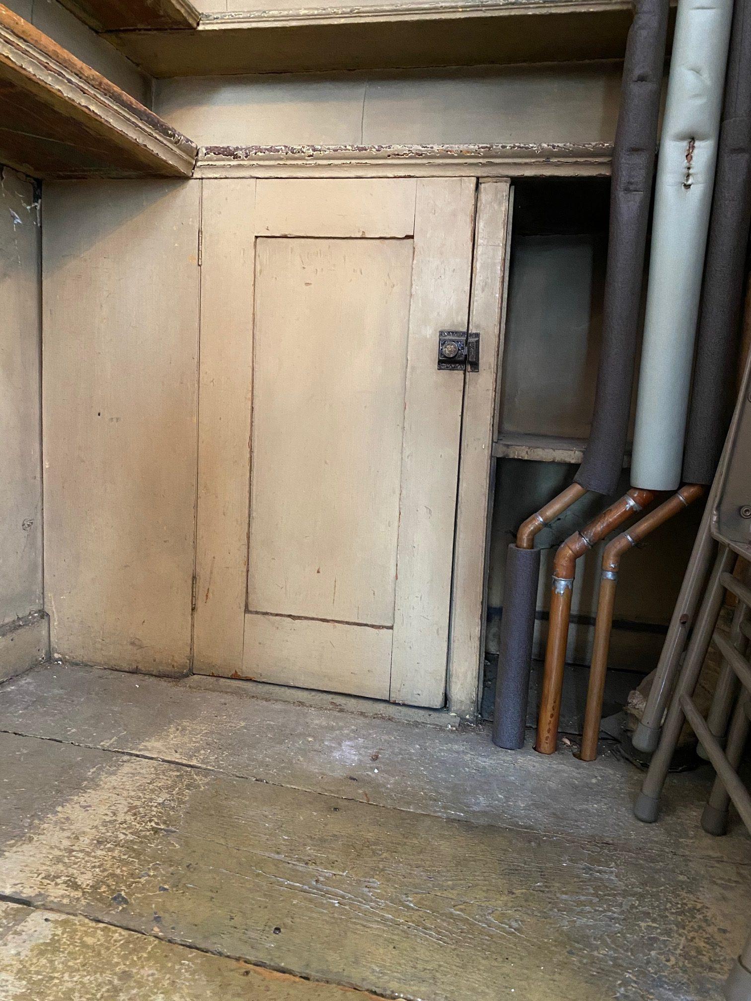 A hidden cabinet, an interesting find!